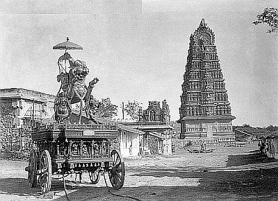 Temple-Car-Chamundi-Hil-in-mysore
