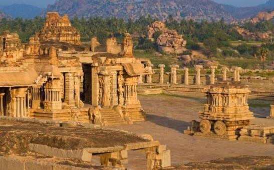 Vijayanagara, earliest example of imperial city