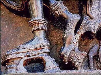 Ramappa Devalaya high heels 2